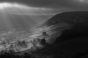 Light Rays in Edale Valley
