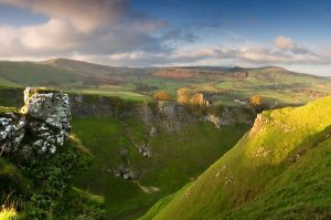 Cave Dale and Peveril Castle